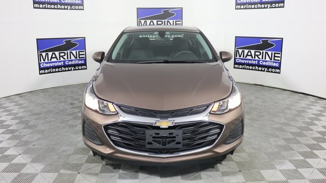 New 2019 Chevrolet Cruze LS FWD 4D Sedan